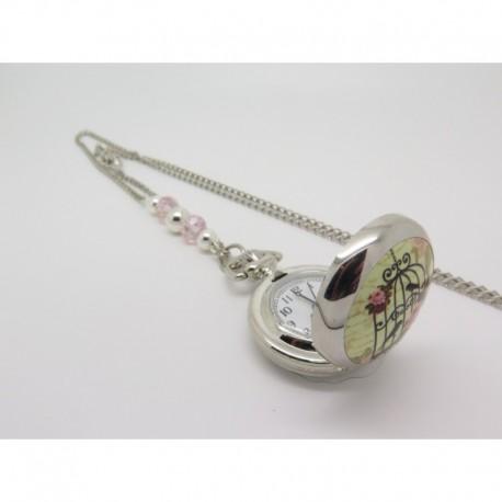 montre a gousset en collier sautoir avec cage et oiseau et perles de verre id e cadeau pour une. Black Bedroom Furniture Sets. Home Design Ideas