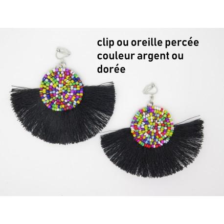 PAIRE DE BOUCLES D'OREILLE PERSONNALISABLE CLIP OU OREILLE PERCÉE A POMPON FRANGE et perles F de Bm créations