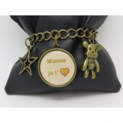 bracelet personnalisable pour une mamie une amie une maman avec charms avec cabochon id e. Black Bedroom Furniture Sets. Home Design Ideas