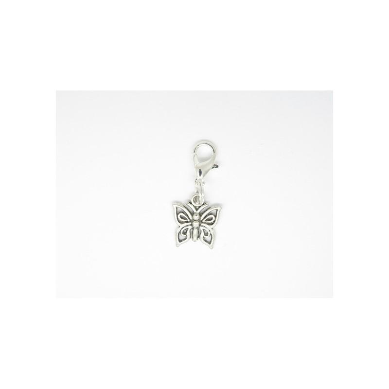 breloque pour bola de grossesse ou pour mettre sur un bracelet  un collier un porte cles   papillon